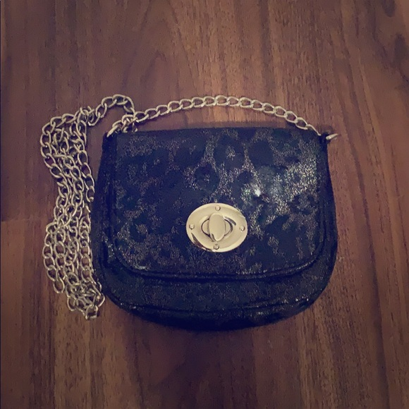 Chateau Handbags - Crossbody